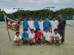 中学男子テニス、団体でも優勝、個人でも(高妻君)優勝!
